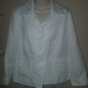 White patterned blazer